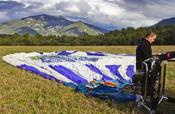 Deflated hot air balloon in La Garrotxa, Catalan Pyrenees, Spain on Mallory on Travel adventure, adventure travel, photography Iain Mallory-300-59 la_garrotxa