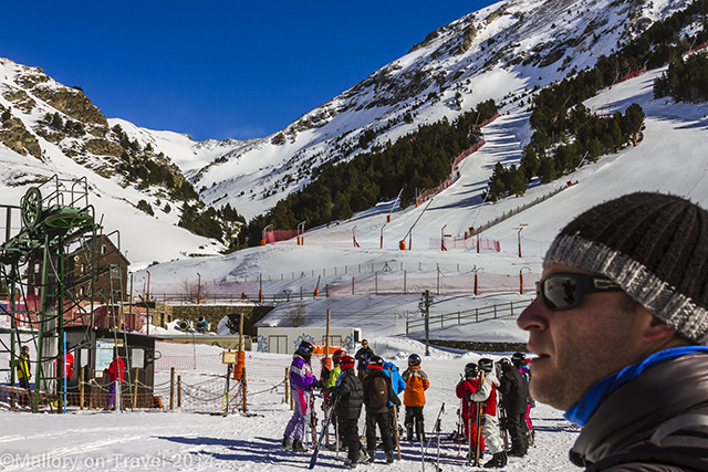 Skiing at Vall de Núria in Costa Brava in the Catalan Pyrenees, Spain on Mallory on Travel adventure, adventure travel, photography Iain Mallory-300-66 skiing_spain