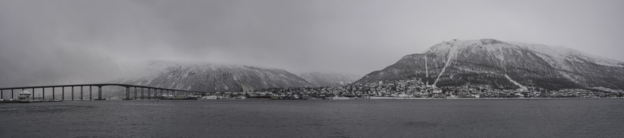 Snow in Tromso, Hurtigruten in Arctic Norway on Mallory on Travel adventure, adventure travel, photography DSC_0853 tromso_norway