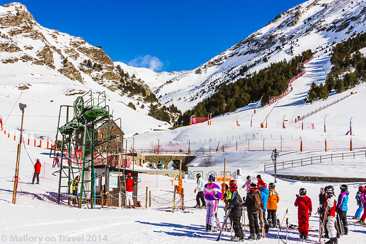 Spanish skiing in the Catalan Pyrenees at Vall de Núria on Mallory on Travel adventure, adventure travel, photography Iain Mallory-300-15 vall_de_núria