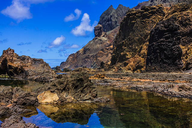 Gorilla Head rock viewed from Lot's Wife Pond on the island of St Helena in the South Atlantic Ocean on Mallory on Travel adventure, adventure travel, photography Iain Mallory-300-47 lots_wife_pond
