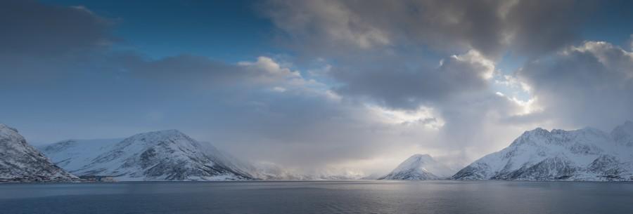 Arctic coast, Hurtigruten in Arctic Norway on Mallory on Travel adventure, adventure travel, photography arctic_norway