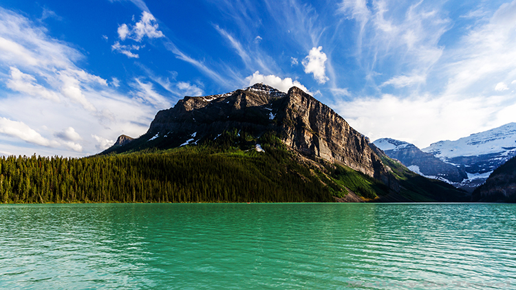 Looking out over Lake Louise in the Banff National Park, Canadian Rockies, Alberta, Canada on Mallory on Travel adventure, adventure travel, photography Iain Mallory-280 lake_louise