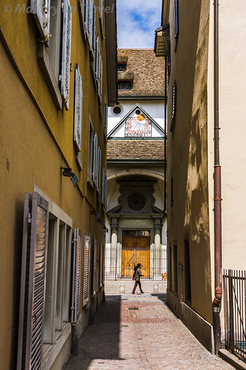 The quiet back streets of Zurich, Switzerland on Mallory on Travel adventure, adventure travel, photography Iain Mallory-300-22 zurich