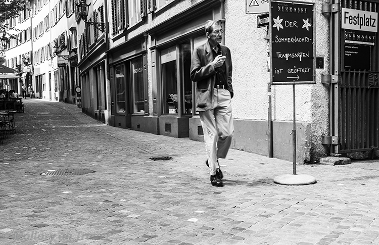 Strolling through the backstreets of Zurich, Switzerland on Mallory on Travel adventure, adventure travel, photography Iain Mallory-300-25 streetphotograph