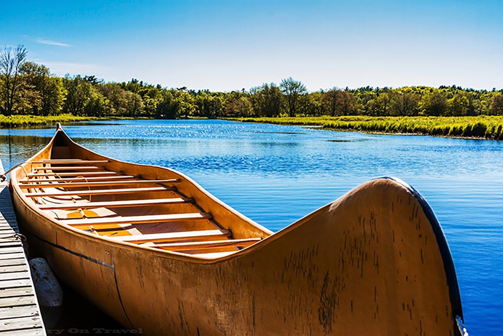 Traditional canoe in Kejimkujik National Park and National Historic Site, Nova Scotia, Canada on Mallory on Travel adventure, adventure travel, photography iain-mallory-119-2_canadiancanoe