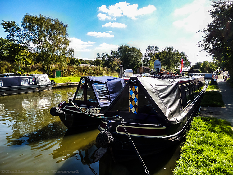 Narrow boats on the Macclesfield canal, Cheshire in England on Mallory on Travel adventure, adventure travel, photography Iain_Mallory_Canal1401826 macclesfield_canal.jpg