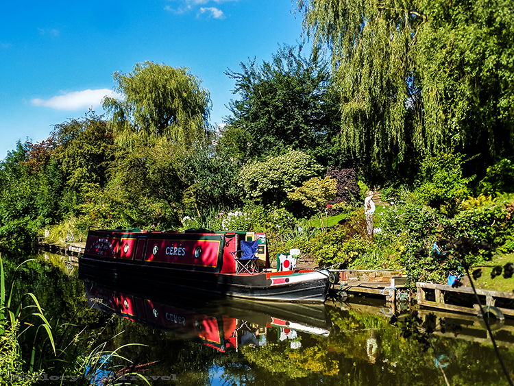 Narrow boats are regular traffic on the Macclesfield canal in Cheshire, England on Mallory on Travel adventure, adventure travel Iain_Mallory_Canal1401839 narrow_boat.jpg