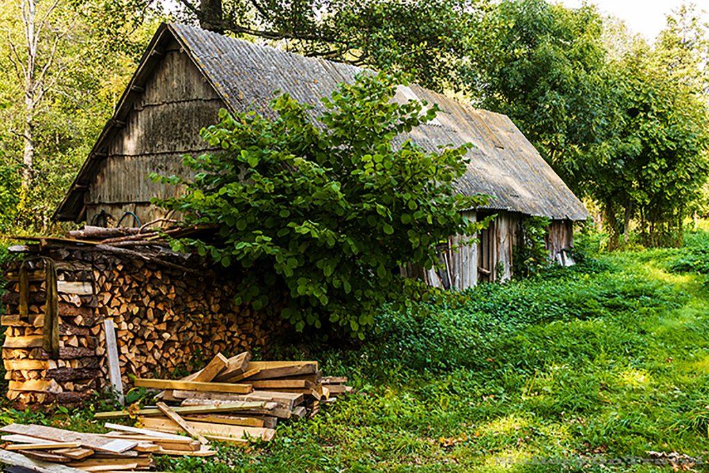 Farmhouse on the island of Kihnu, Estonia in the Baltic States on Mallory on Travel adventure, adventure travel, photography Iain_Mallory_Est1402595 kihnu_farmhouse