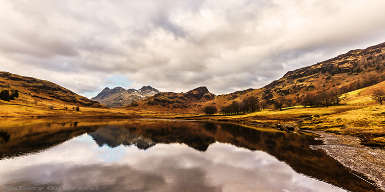 Reflections in Blea Tarn in the Langdale area of the English Lake District in Cumbria on Mallory on Travel adventure, adventure travel, photography Iain_Mallory_Blea1408143 blea_tarn