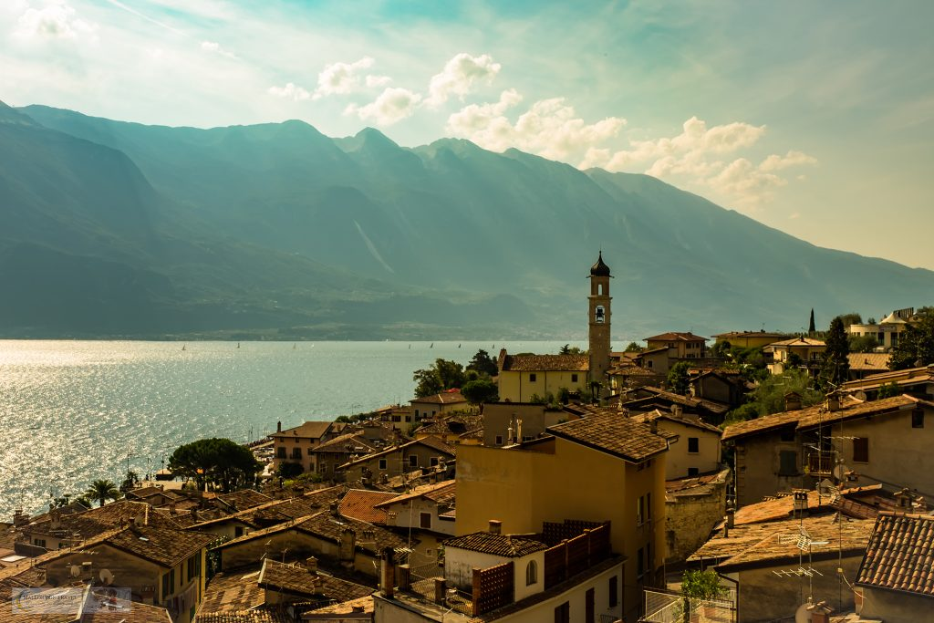 Town on the shores of Lake Garda in the Gardone Riviera, Lombardia in Italy on Mallory on Travel adventure travel, photography, travel iain-mallory_garda-1-5