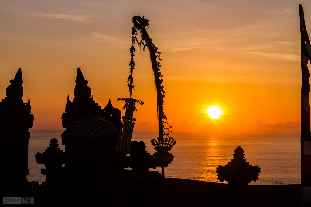 Sunset over the Indian Ocean at the Uluwatu Temple in Bali, Indonesia during the Kecak Fire Dance Performance on Mallory on Travel adventure travel, photography, travel iain-mallory_indo-001-3 uluwatu