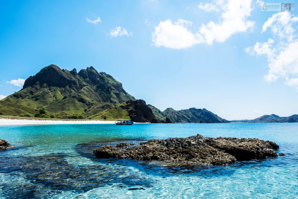 Travel inspiration on gloomy days; Padar island in Komodo National Park in the Republic of Indonesia on Mallory on Travel adventure travel, photography, travel Iain Mallory_Indo 001-60