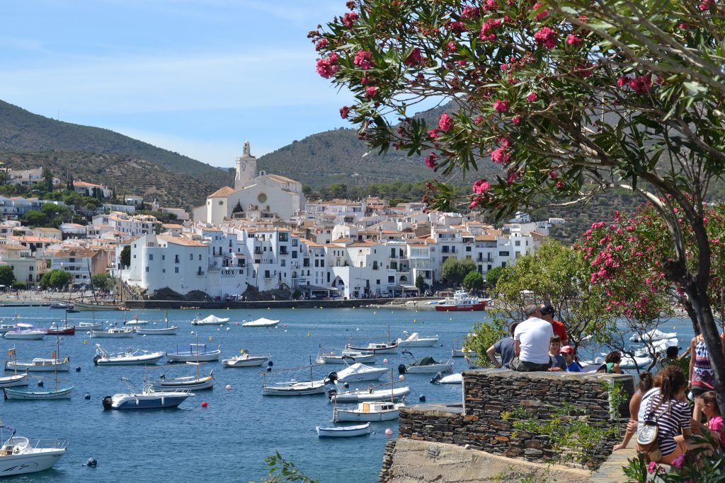 Cadaques on the Costa Brava in Catalan region of Spain; Guest post by Duncan Rhodes for the travel thruster series on Mallory on Travel adventure travel, photography, travel