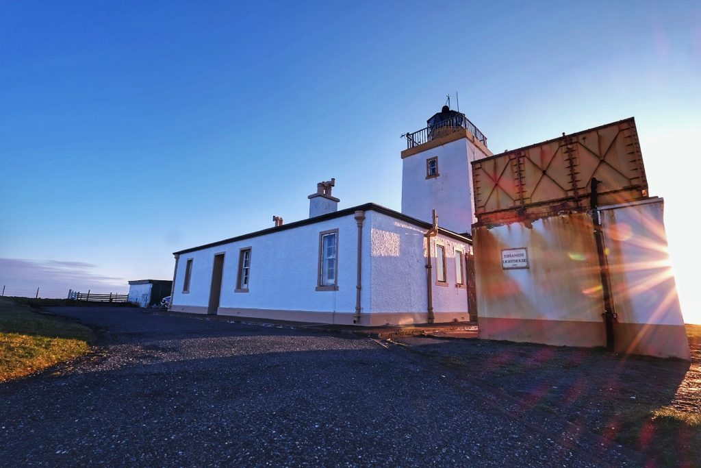 Highlights of a highland roadtrip; Eshaness lighthouse on Shetland in the highlands and islands of Scotland on Mallory on Travel adventure travel, photography, travel IainMallory_Scotland154158