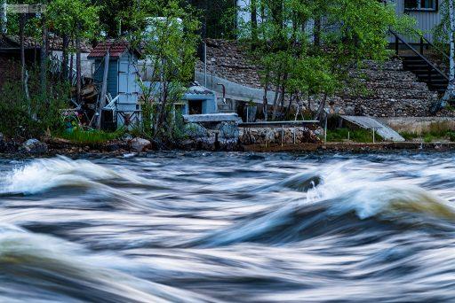 A nightless night on the fast flowing Arctic river near Saariselkä in Inari, Finnish Lapland on Mallory on Travel adventure travel, photography, travel Iain Mallory_finland-1-89
