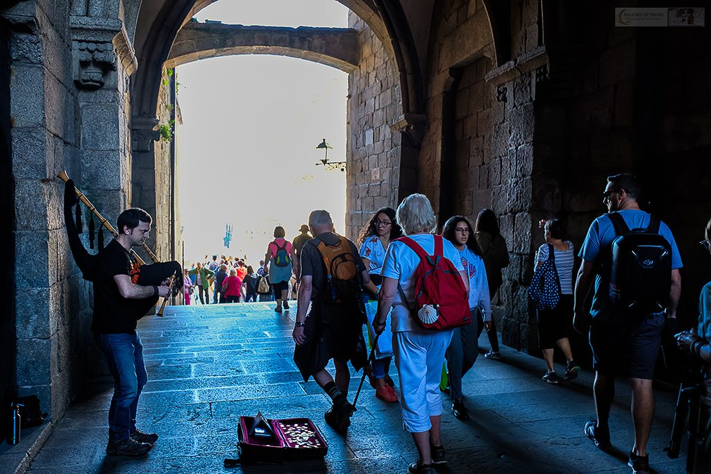 The bagpipes or gaita being played in Celtic Galicia, at the famous Prazo do Obradoiro, Santiago de Compostela in Green Spain on Mallory on Travel adventure travel, photography, travel Iain Mallory_Spain 024